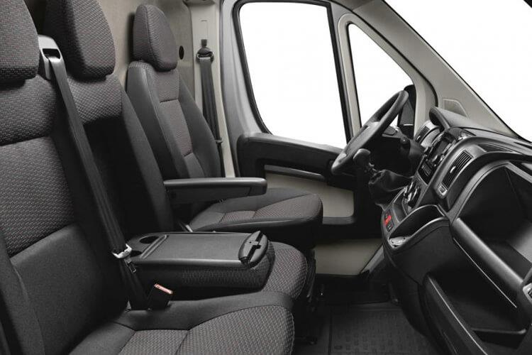 Peugeot Boxer 335 L3 2.2 BlueHDi FWD 140PS Built for Business Plus Dropside Manual [Start Stop] inside view